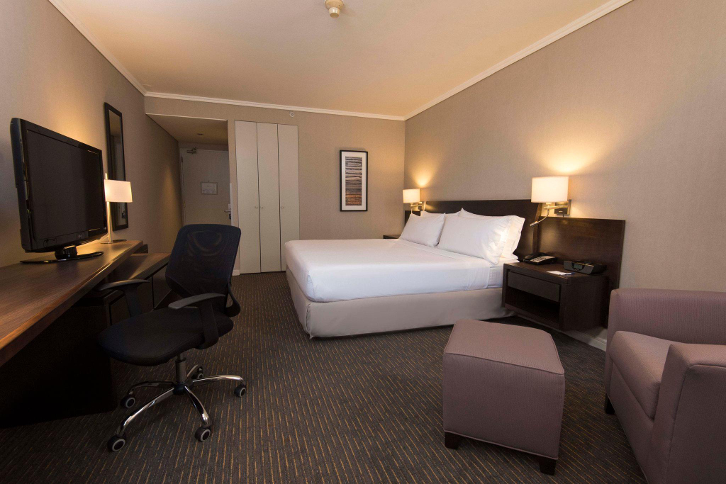 Holiday Inn Express Concepcion, Concepción