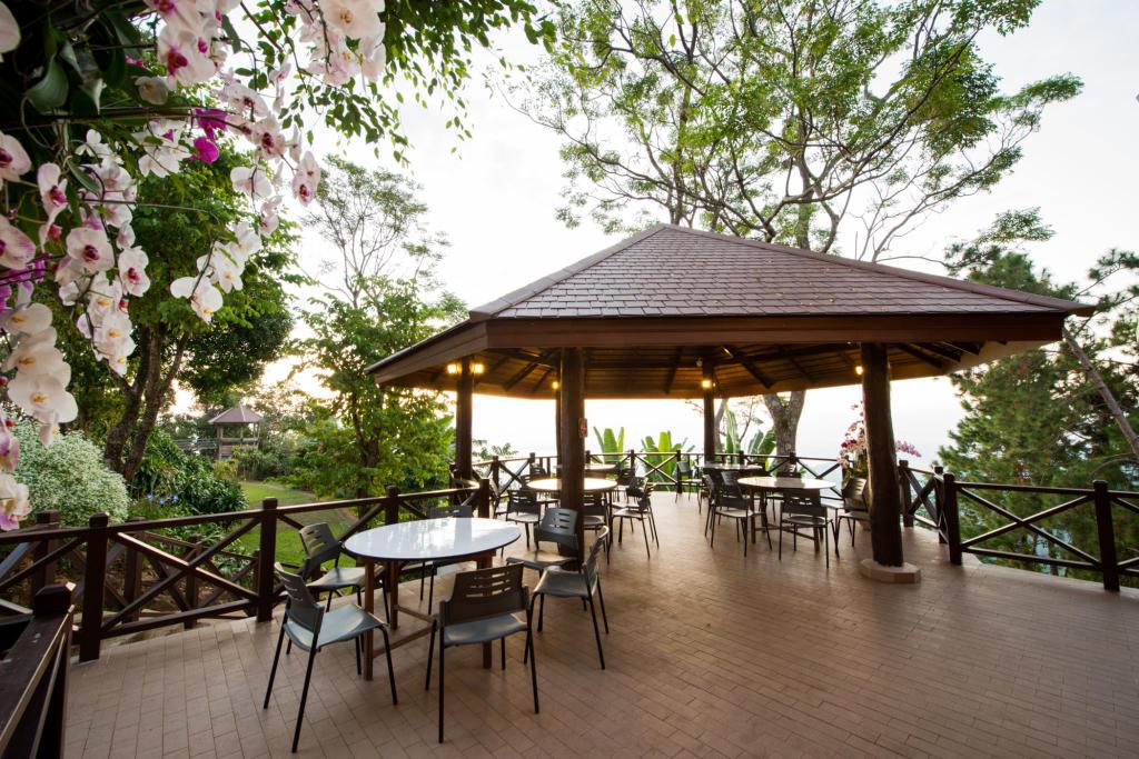 Doi Tung Lodge, Mae Fa Luang