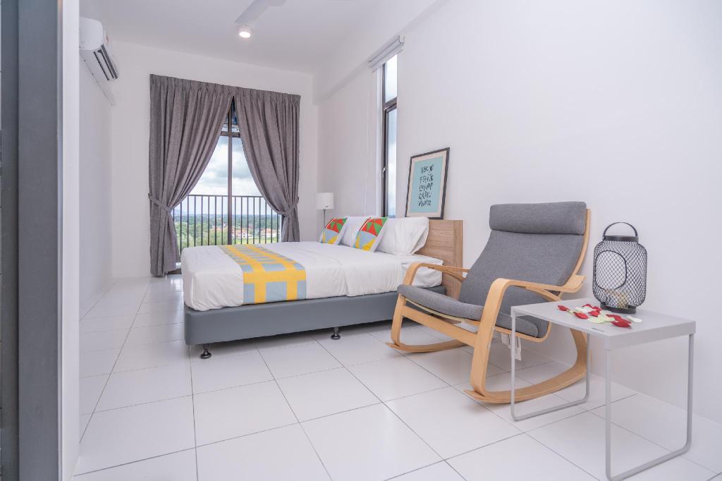 Oyo Home 89575 Elegent 3br Empiro Professional Suit, Pokok Sena