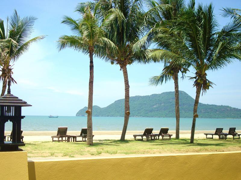 Terra Selisa Hotel, K. Sam Roi Yot