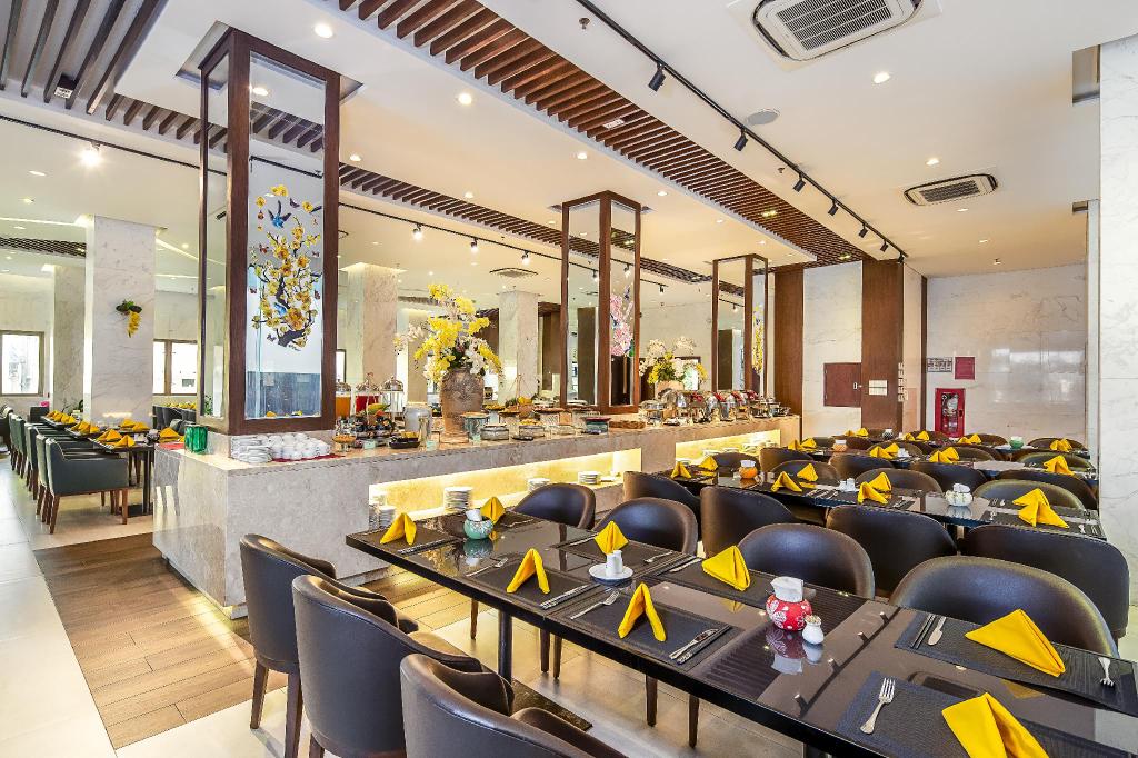 Da Nang Riverside Hotel, Sơn Trà