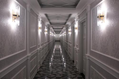 Boyuk Ashirim Hotel, Xanlar