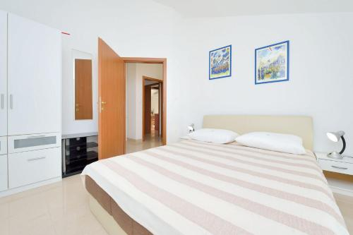 Apartments Toni, Marina