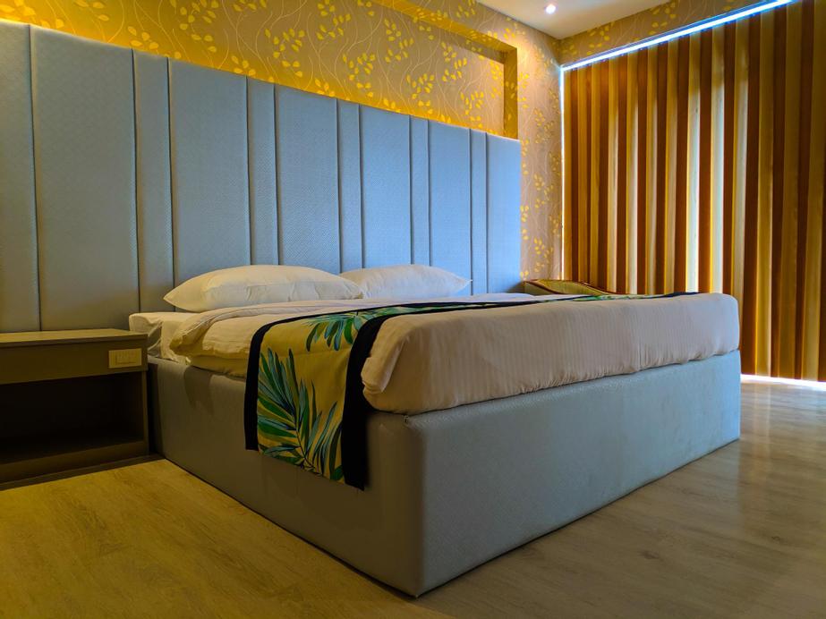 The Hotel Sophia, Cauayan City