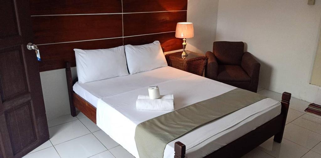 Viking Resort, Olongapo City