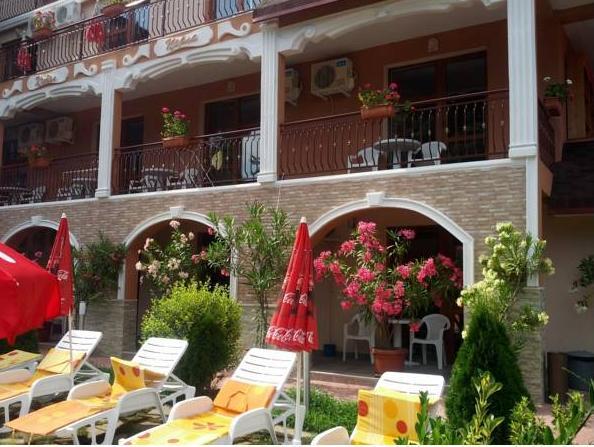 Perla Family Hotel, Byala