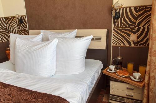 Africa Hotel, Tomskiy rayon