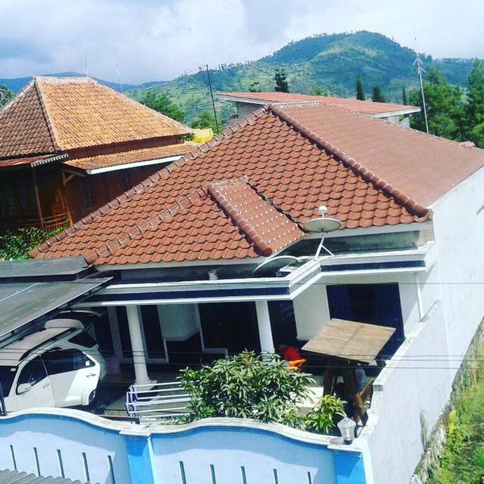 Villa Sadulur, Bandung