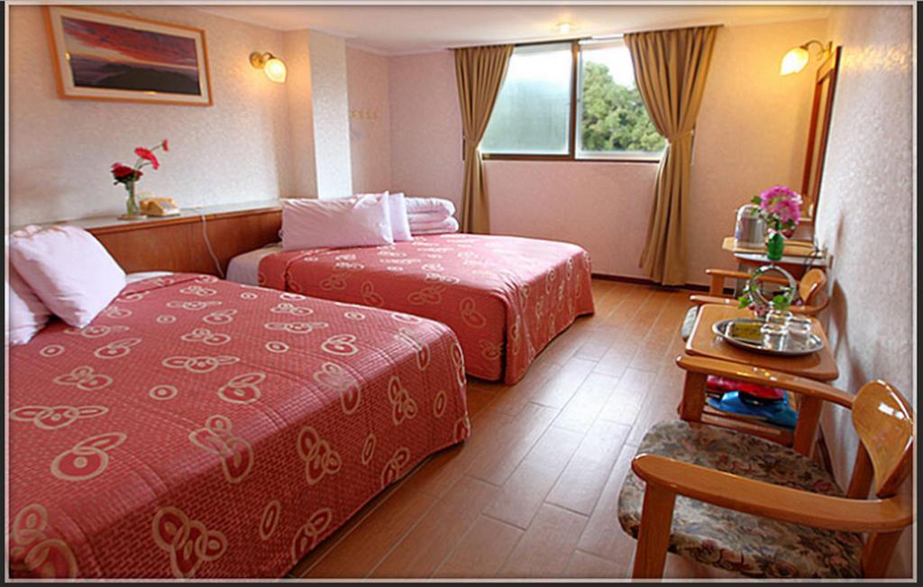 Ali-Shan Dengshan Hotel, Chiayi County