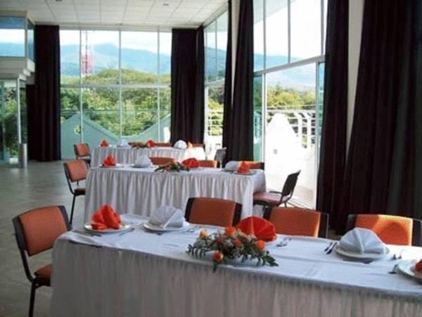 Hotel Manantial Melgar, Melgar