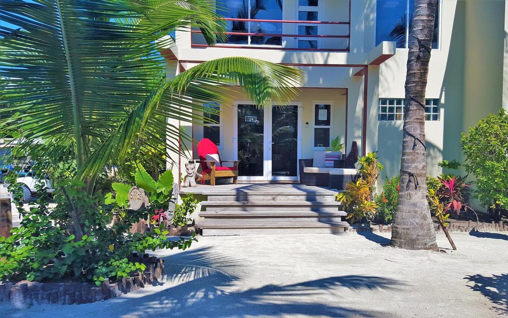 Tres Cocos Resort,