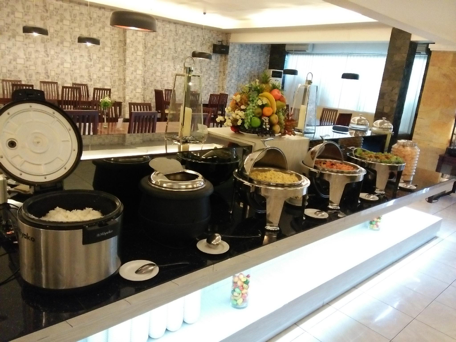 Insumo Palace Hotels & Resorts, Kediri