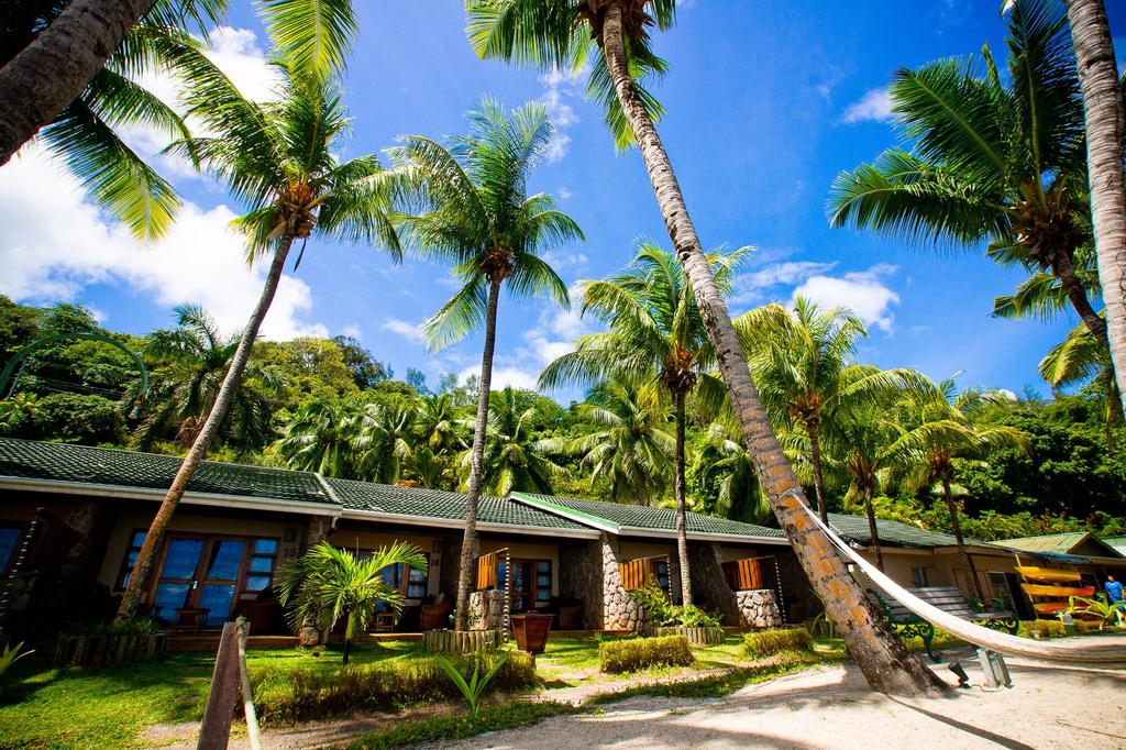 Coco de Mer Hotel and Black Parrot Suites,
