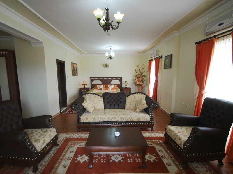 Yay Grand Hotel, Kızıltepe