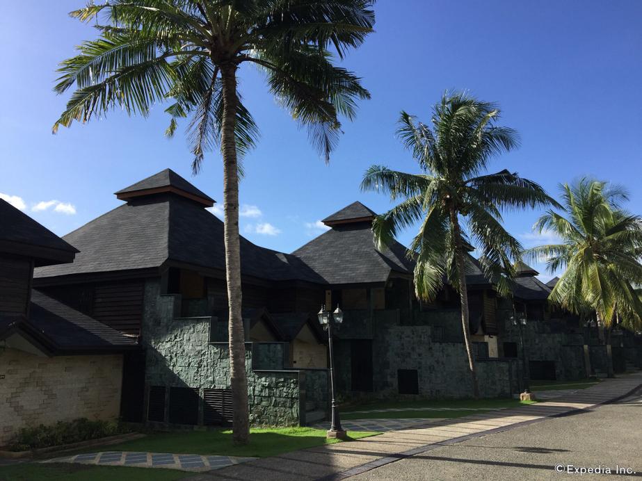 Bohol Tropics Resort, Tagbilaran City
