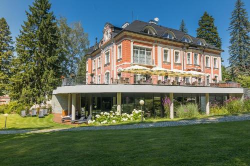 Wellness & Spa hotel Villa Regenhart, Jeseník