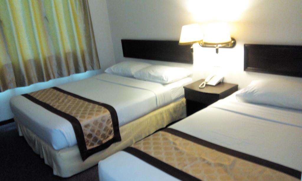 Golden Lake Garden Hotel, Segamat
