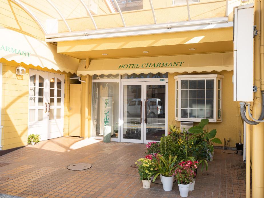 OYO Hotel Charmant Nachi-Katsuura, Nachikatsuura