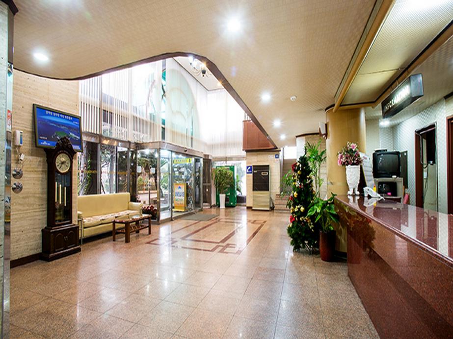 Jeju Alps Hotel, Jeju
