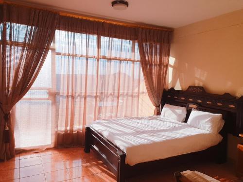 Alef Paradise Hotel, Semen Wello