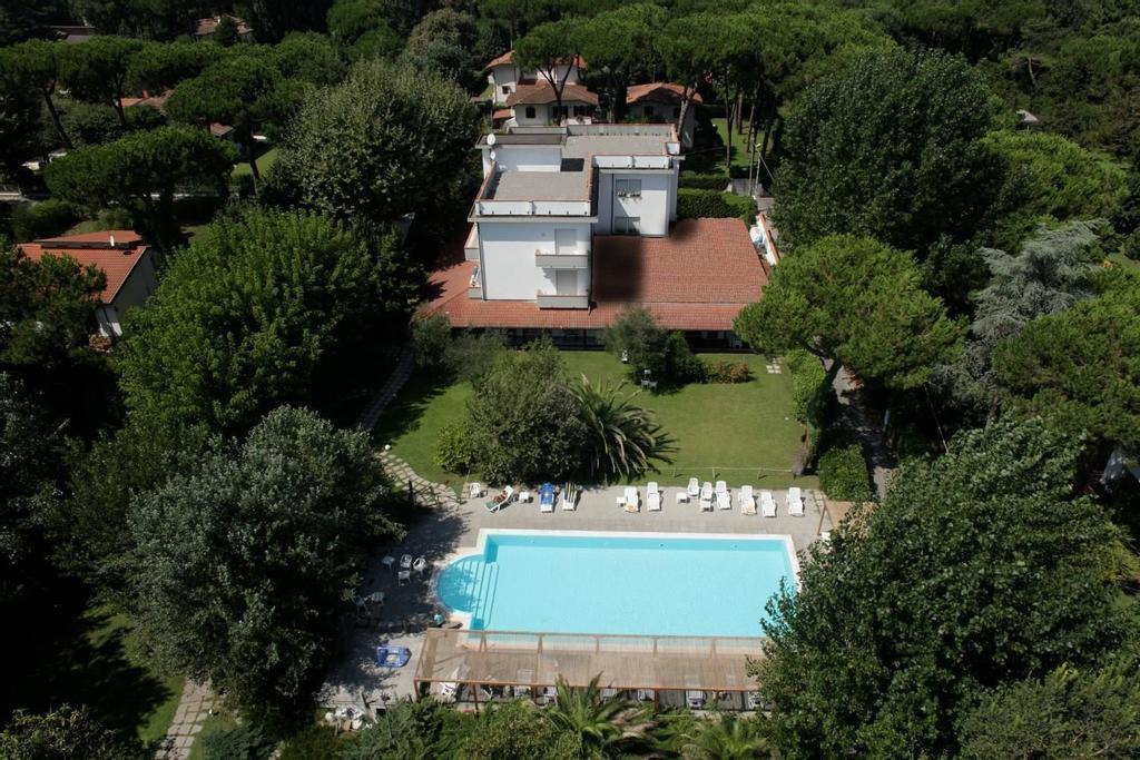 Hotel La Bussola, Massa Carrara