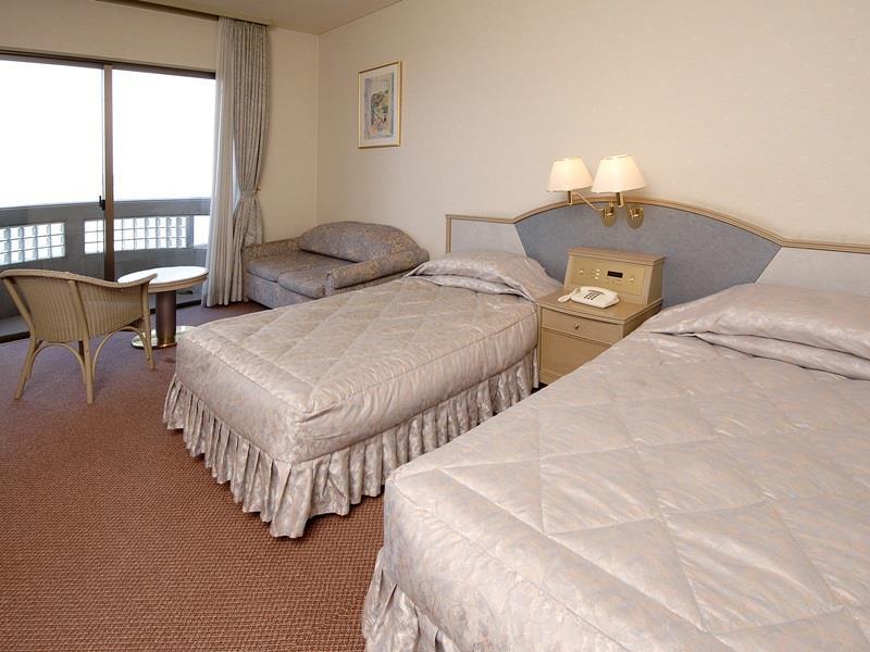 Izumigo Hotel Altia Toba, Toba
