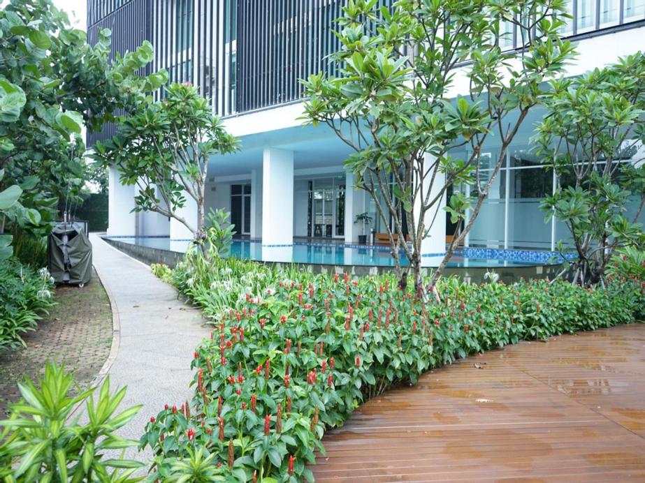 Puri Suite Satu8, Jakarta Barat