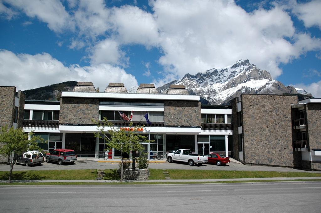 Banff Voyager Inn, Division No. 15