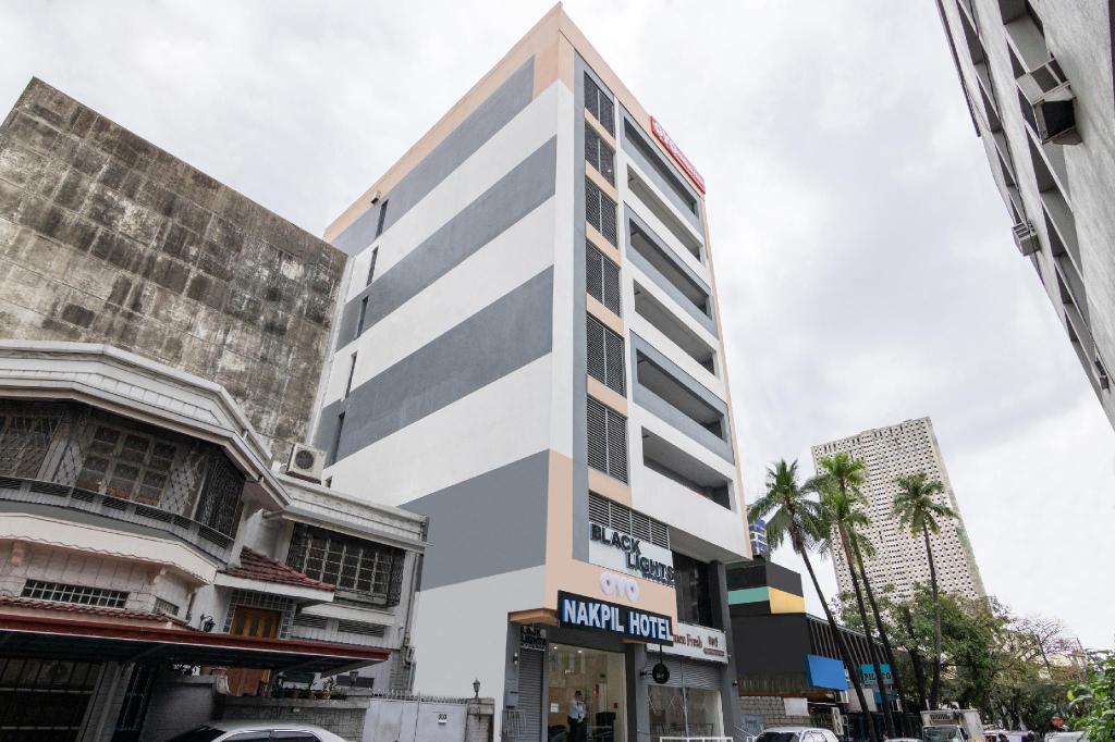 OYO 121 Nakpil Hotel, Manila