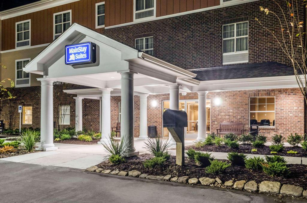 MainStay Suites Hackberry Sportsman's Lodge, Cameron