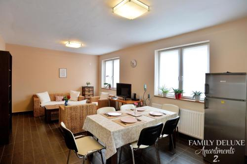 Family Deluxe Apartments, Eger