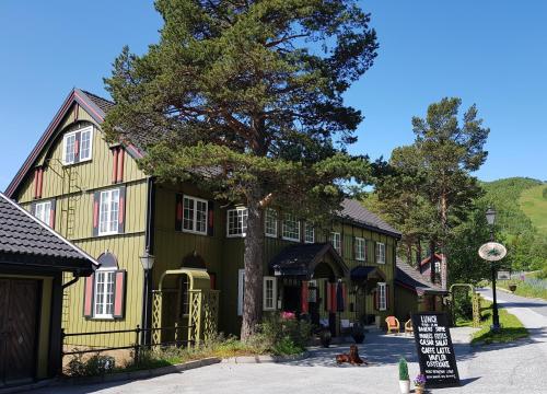 Geilo Mountain Lodge, Hol