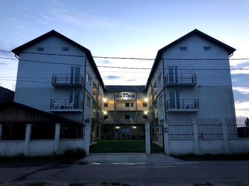 Vila Marcos, Costinesti