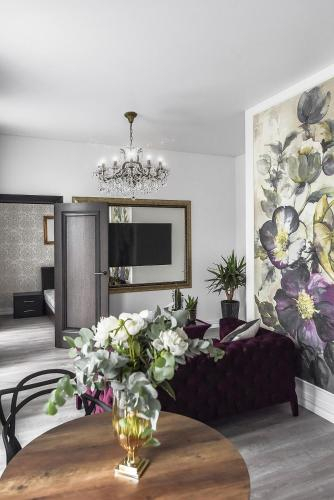 Four Luxury flats, Kauno