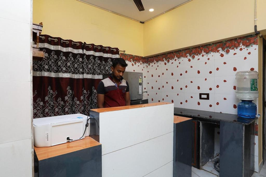 OYO 41335 HR Inn, North 24 Parganas