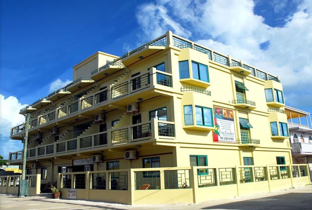 Caye Caulker Plaza Hotel,