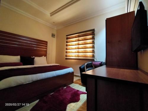 Alim Royal Hotel and Suite, Bwari