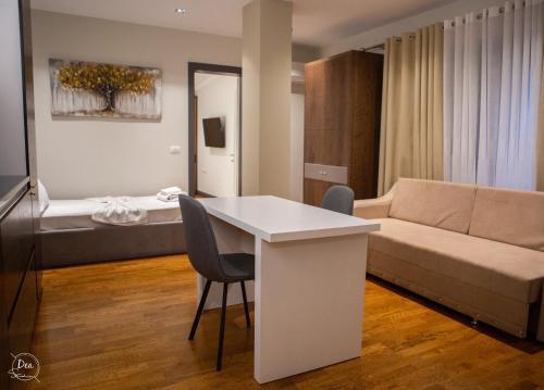 Suite Terrace Rooms, Korçës