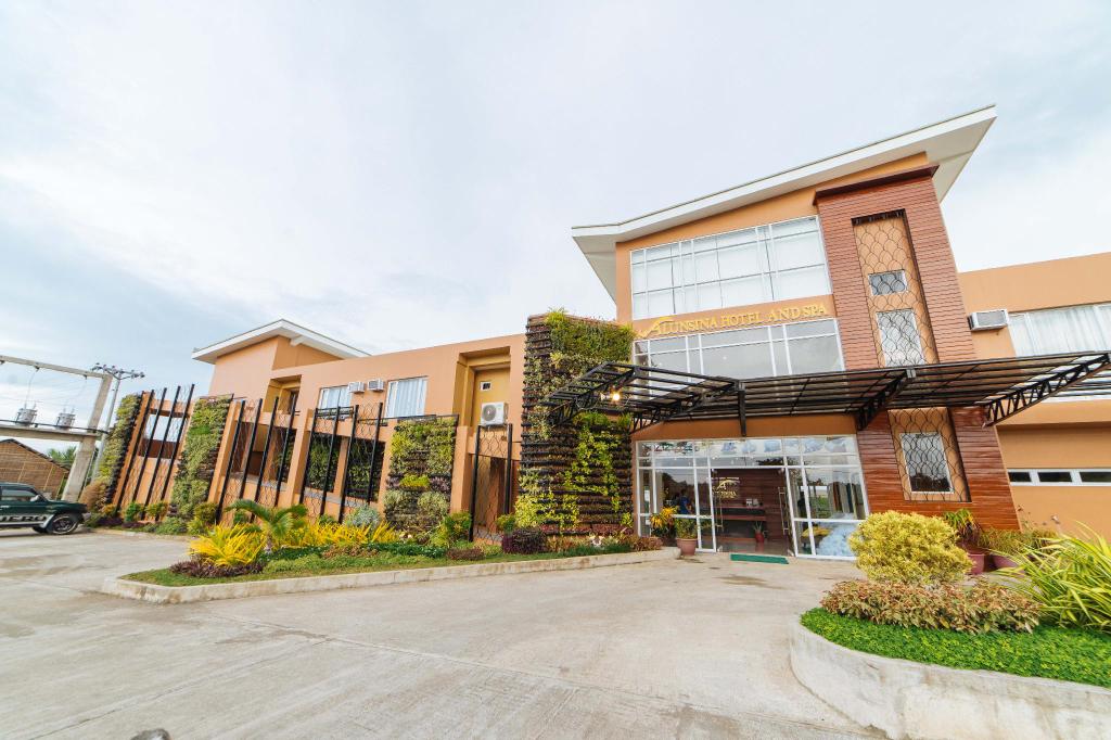 RedDoorz Premium near Health Centrum Banica, Roxas City