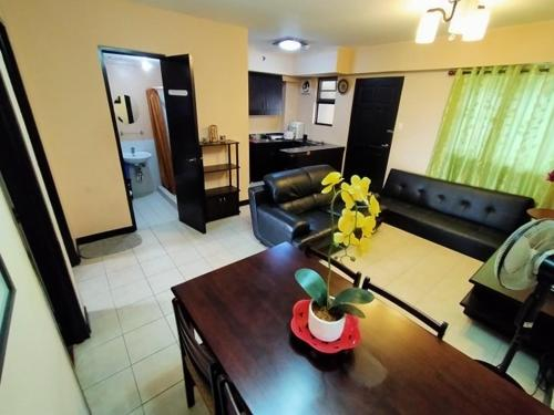 RoomXpress - C5 Road, Taguig