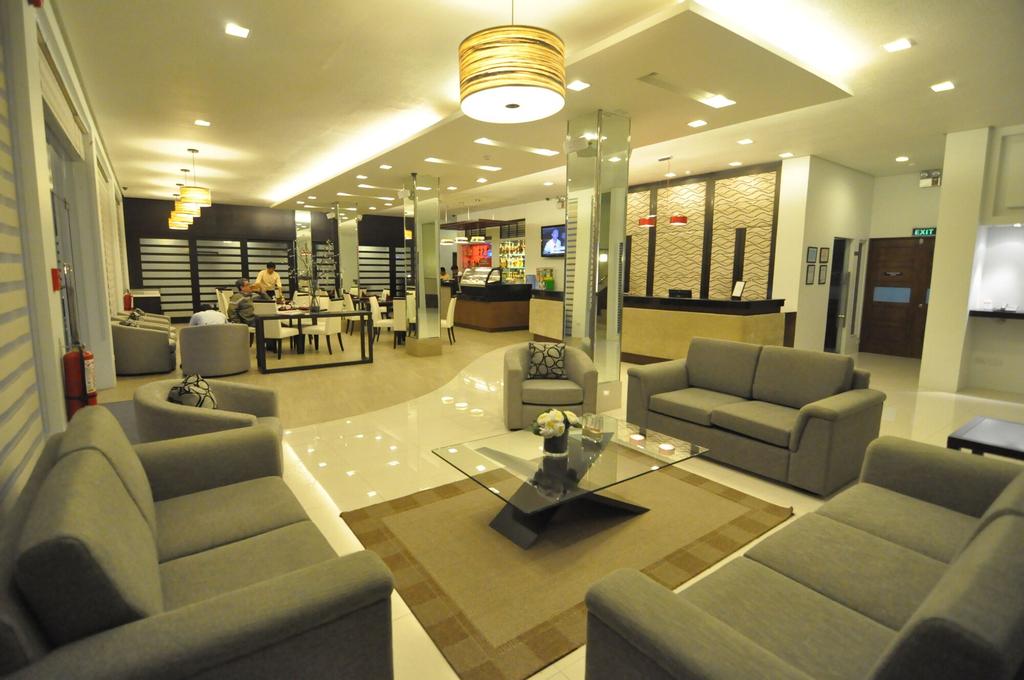 Casablanca Suites, Legazpi City