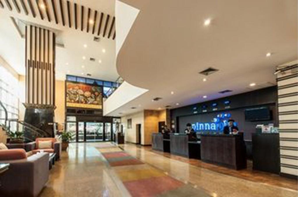 Pinnacle Lumpinee Park Hotel, Sathorn