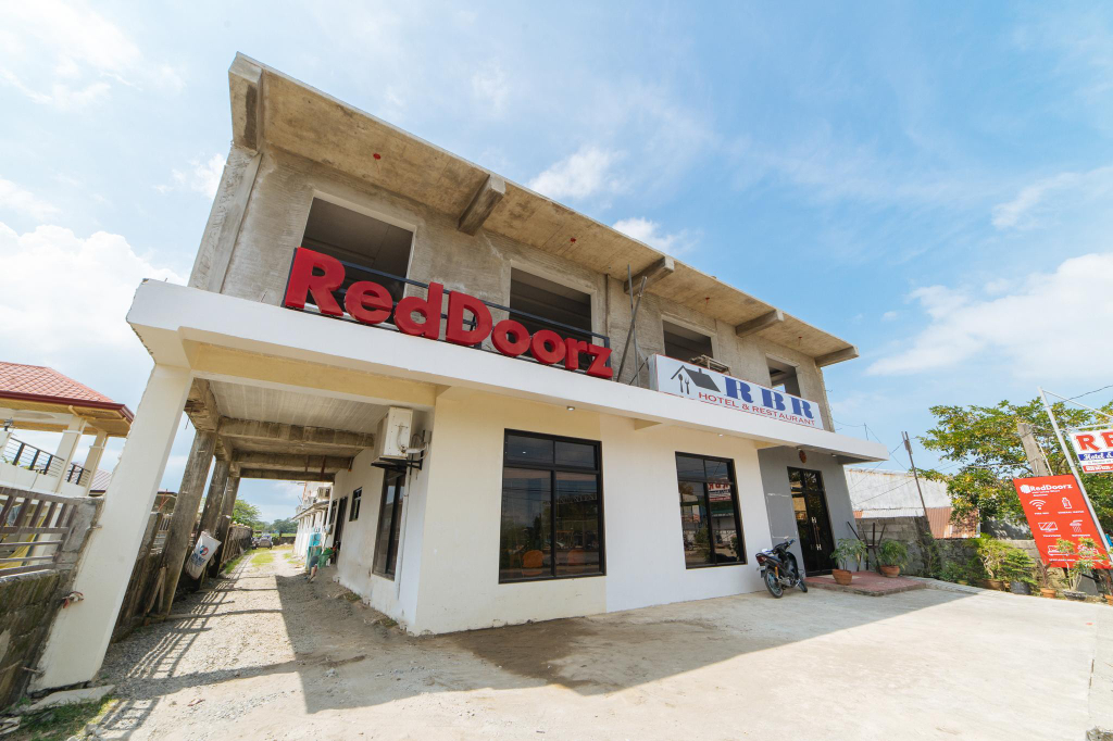 RedDoorz Plus near Hundred Islands, Alaminos City