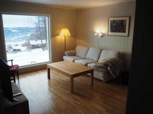 Bynær hytte med utsikt og uteplass, Lillehammer