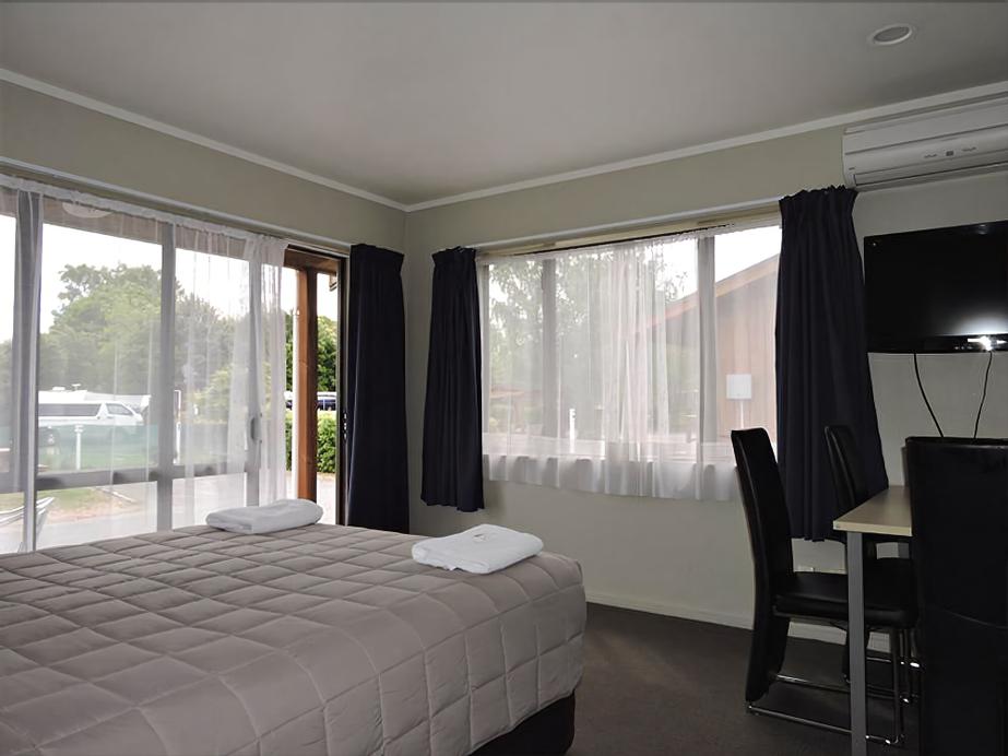 219 on Johns Motel & Holiday Park, Christchurch
