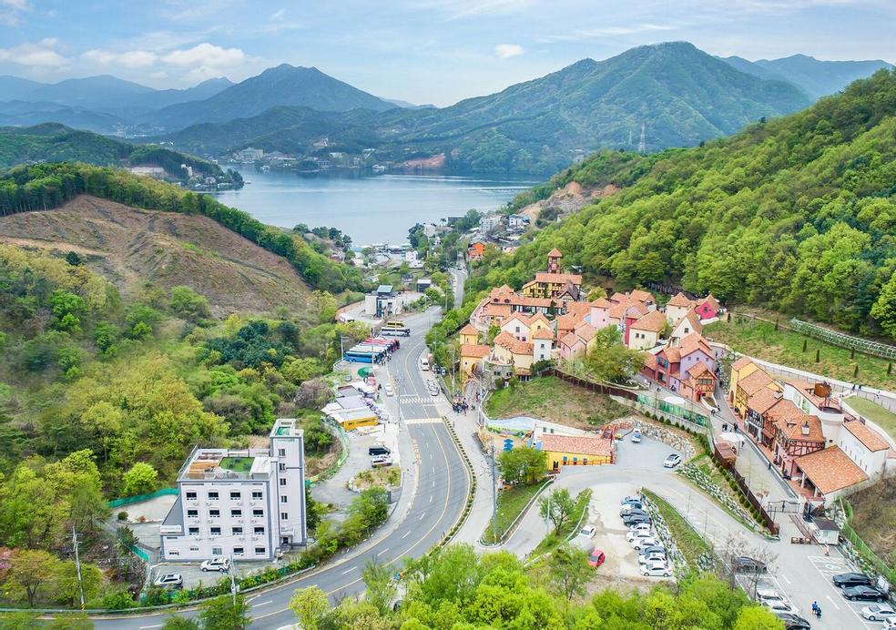 Cello Hotel, Gapyeong