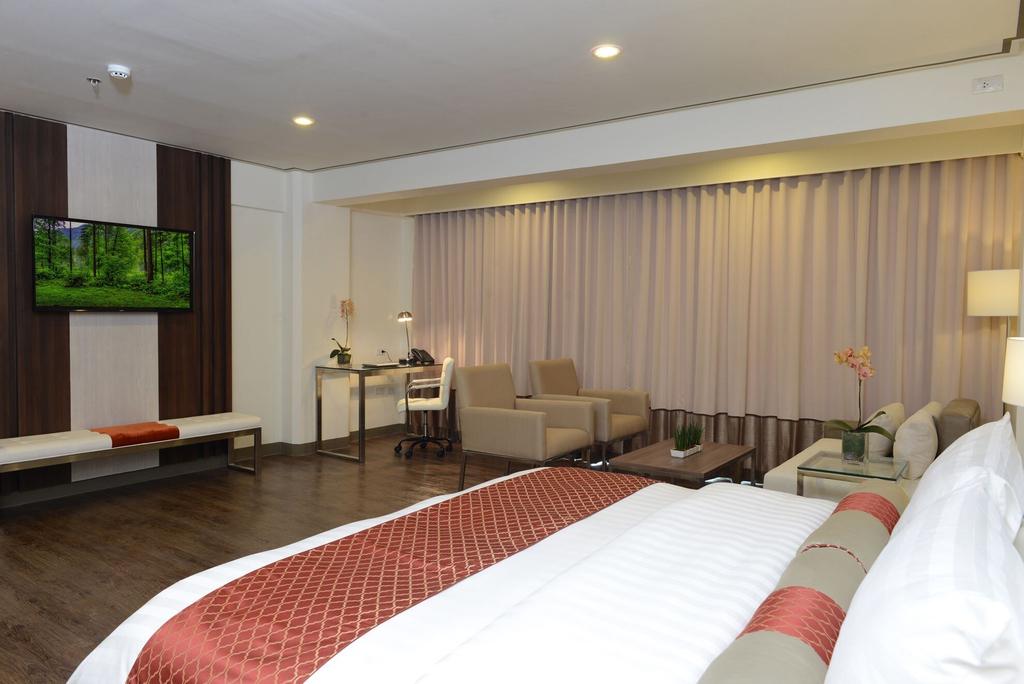 The Carmen Hotel, Naga City