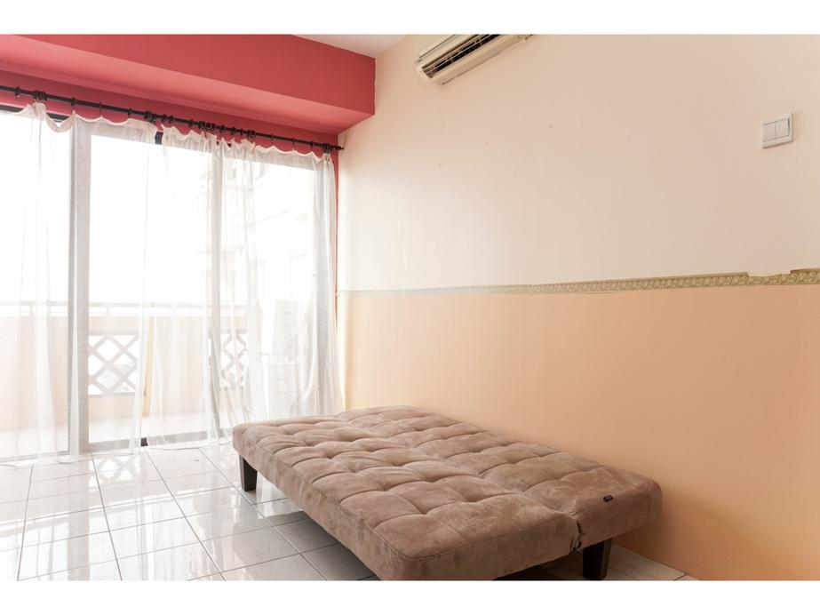 Comfy and Stylish 1BR at Puri Garden Apartment By Travelio (tutup sementara), Jakarta Barat