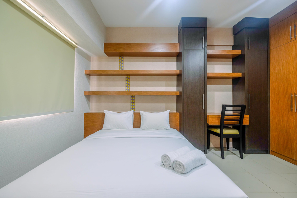 Comfortable Studio Apartment at Park View Condominium near Mall By Travelio, Depok