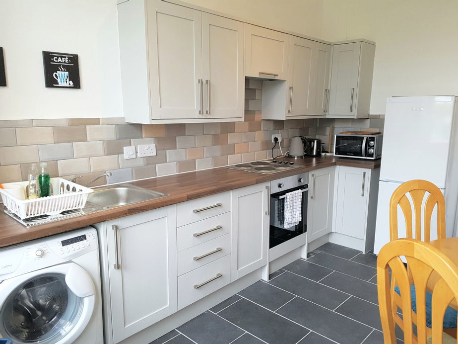 Dragon - Whitecrook Apartment 2 Bedroom Home, West Dunbartonshire